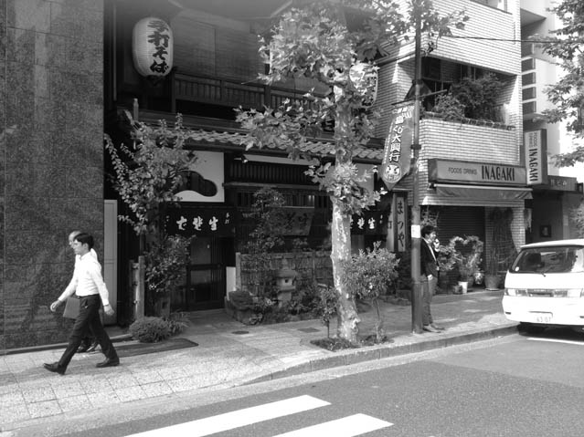 sanpo_akihabara01_01_thumb